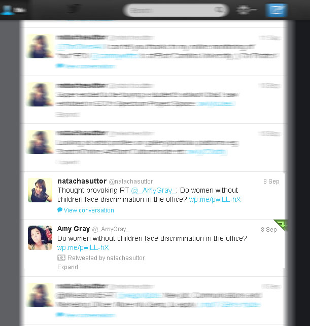 Screen shot of the same tweet retweeted in old skool and new skool style (Taken 18 September 2013)